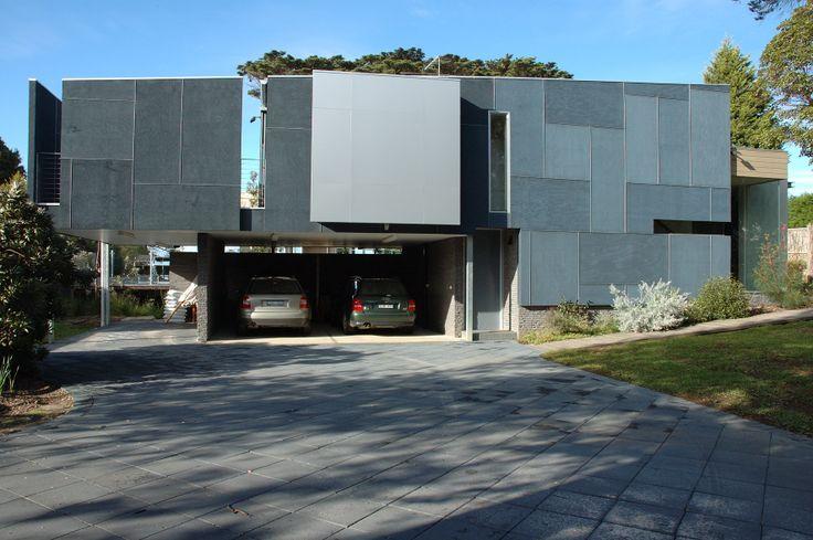 Plywood House - Bird de la Coeur Architects
