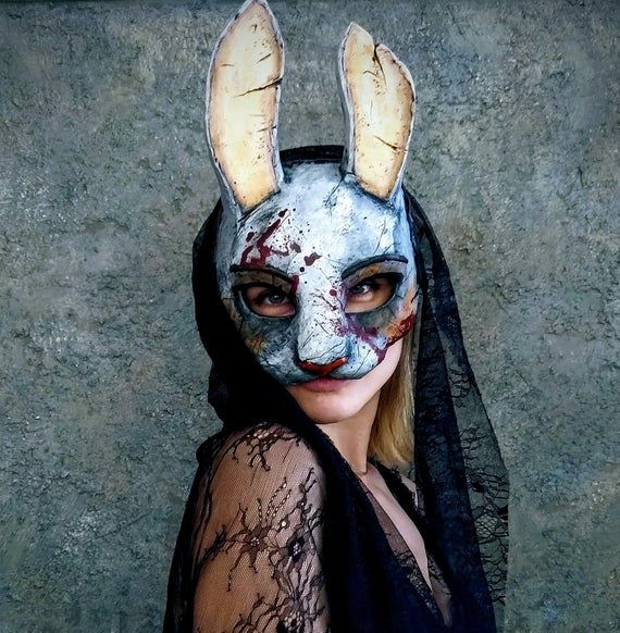 Dead By Daylight Huntress Bunny Mask With Veil In 2021 Bunny Mask Huntress Female Mask