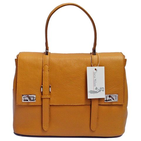 """Siena messenger bags define """"hip"""" by being nearly an anti-fashion statement. They look casual and trendy all at once.  Details:  Top single handle, 3 compartments, pocket inside, lock closure on front flap, silver hardware and a removable shoulder strap Dimensions: 33 x 28 x 18 cm Material: 100% Genuine Leather  Made in Italy  Product code : FL-B41/D"""