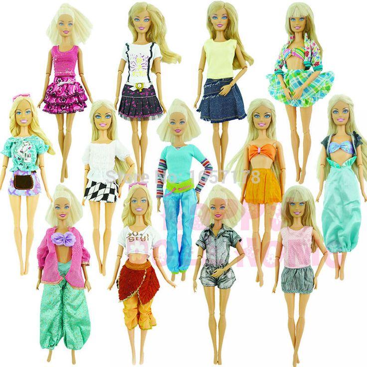 Barato Escolher aleatoriamente Muito 20 Pcs = 10 + 10 Conjuntos de Moda Blusa roupa Calças Bermudas Calças Saia Roupas Vestido Para Boneca Barbie, Compro Qualidade Acessórios para boneca diretamente de fornecedores da China:  Randomly Pick Lot 20 Pcs   = 10 Shoes +10 Sets  Fashion Outfit Blouse Trousers Dress Shorts Pants Skirt Clothes F
