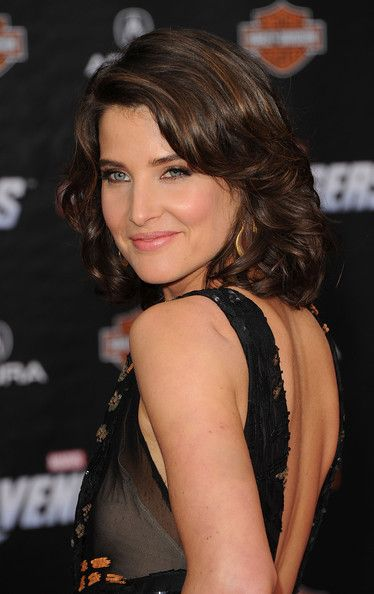Cobie Smulders Medium Layered Cut