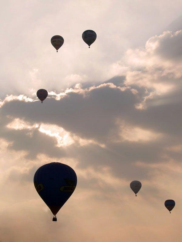 Ferrara Balloon Festival, Ferrara, Italy Copyright: Albrecht Bijvank