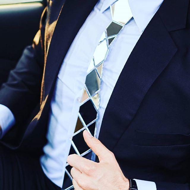 Zabłyśnij | Shine #zscravat #tie #cravat  #cravate #silver #shine #men #menstyle #moda #new #nowość #biznes #startup #paris #madryt #dubai #europe #model #bloger #marka #lustro #shock #wow #koszula #garnitur #elegant