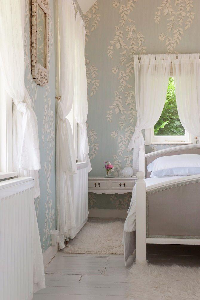 ,pretty bedroom...