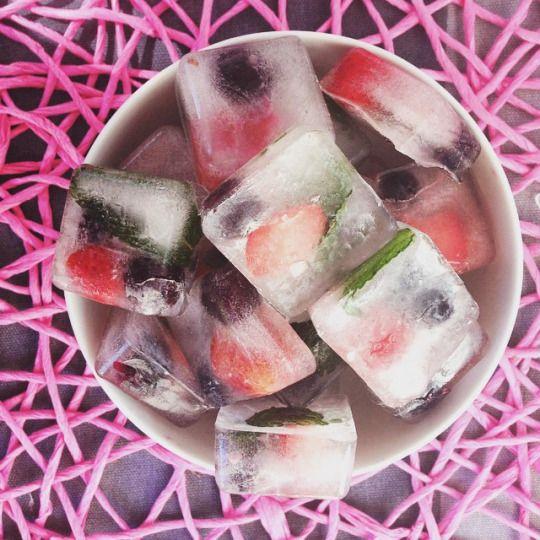 I cubetti di ghiaccio alla frutta