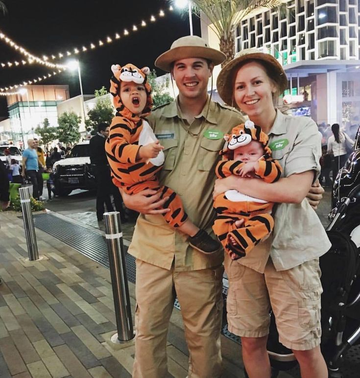 100+ Super Creative DIY Family Halloween Costumes To Try This Year