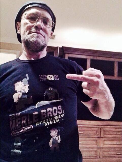 From Rooker's Facebook page. Apparently, at James Gunns house for an Oscars party. Check out the shirt!