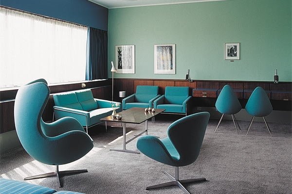 Egg, Swan and Drop chairs by Arne Jacobsen in Suite 606, Radisson SAS Blu Royal hotel, Copenhagen | from theglassmagazine