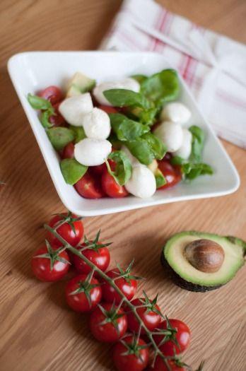 Recette - Salade avocats, Caprice des Dieux, tomates et olives noires | Notée 4/5