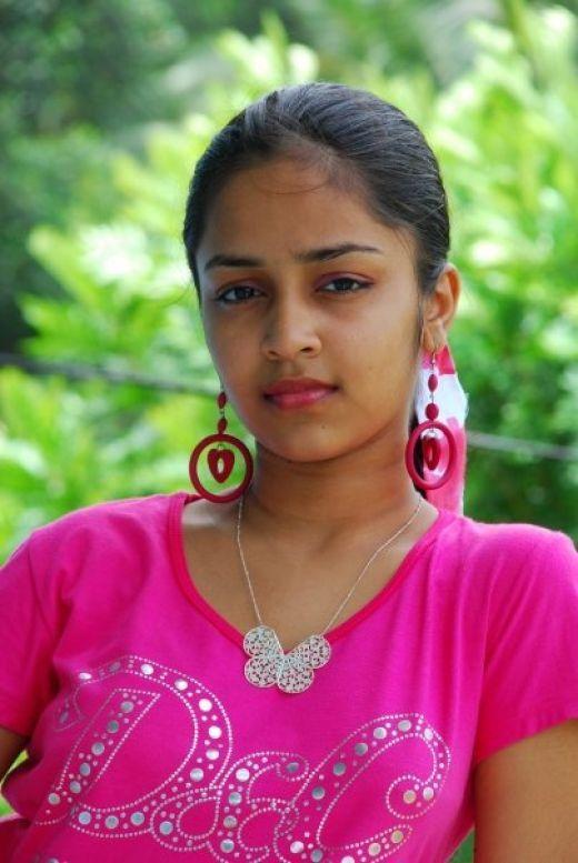 Hot woman srilanka photo