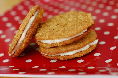 Barefoot and Baking: Oatmeal Cream Pies