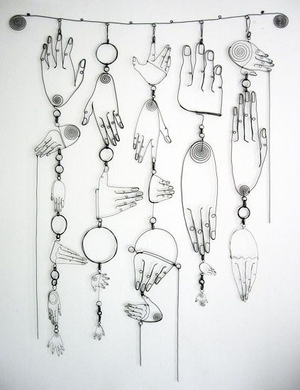 Would be so cool to do a DIY take on this for the bedroom Wire sculptures by Diane Komater