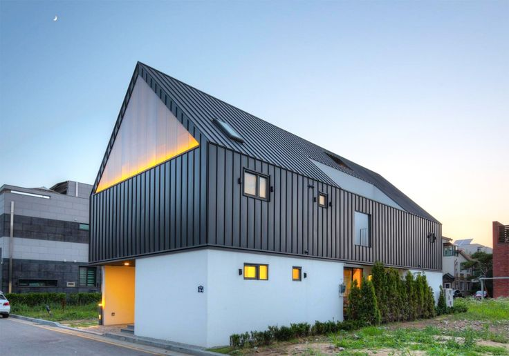 The One Roof House in Seongnam, South Korea, brings three types of spaces under one pitched roof. It features separate spaces for the parents and the children, connected with a common area, and designed using section-based spatial arrangements. Seoul-based mlnp architects relied on skylights and large windows in order to provide well-lit domestic spaces infused with inclusiveness and privacy in equal measure.
