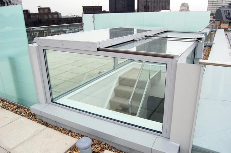 Sliding Hatch Door : Glazed box unit with side door sliding top