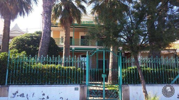 """Villa Carpi. El estilo #afrancesado de cada una de estas #villas de Benicàssim, así como la presencia en ellas de personajes reconocidos de la alta sociedad, generaría el apodo de #Benicàssim como el """"Biarritz de #Levante""""."""