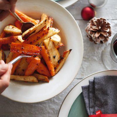 500g carrots, peeled 500g parsnips, peeled 2 tbsp olive oil 4 tbsp essential Waitrose Pure Clear Honey 2 tbsp wholegrain mustard Method gas mark 7 for 30mins