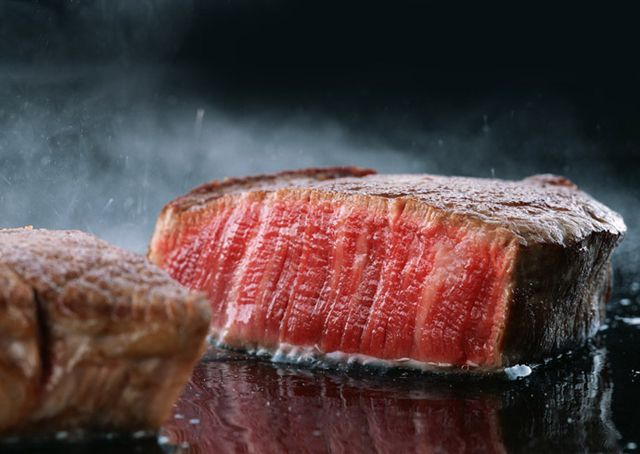 Grilled Ostrich Steak..yummy! Information and how to on Buffalo Meat, Ostrich Meat, Gator Meat, Elk Meat, Wild Boar Meat, American Wagyu Beef, Berkshire Pork and others. Visit us at FreeRangeMeat.us