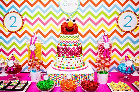 2nd Birthday Idea!Sesame Street, Kids Birthday, Birthday Parties, Elmo Birthday, Parties Ideas, 2Nd Birthday, Street Parties, Elmo Parties, Birthday Ideas