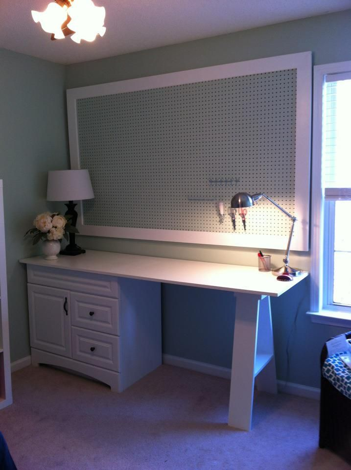 DIY Room with desk, shelves, and pin board. Want one!