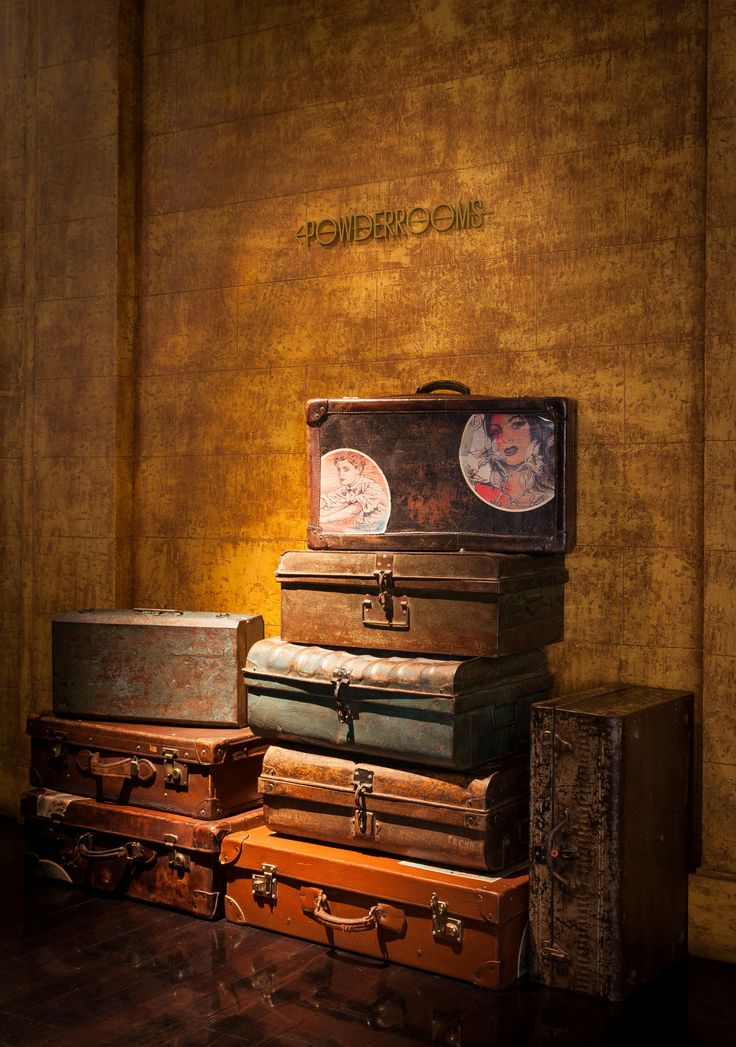 Love these vintage cases adorning the QT Sydney lobby? Check out these other amazing ideas for reusing those old suitcases you have lying around. Design inspo heaven!   http://www.architectureartdesigns.com/18-ideas-how-to-reuse-old-suitcases-in-home-decor/