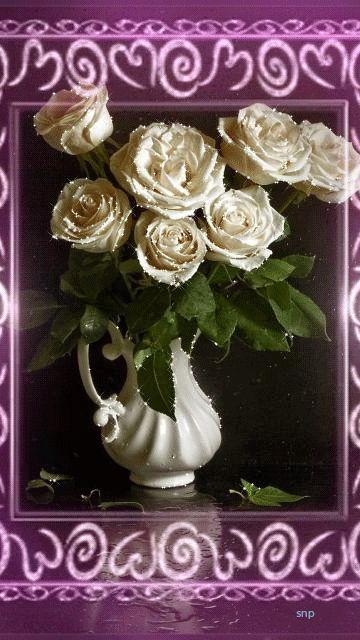 Белый букет роз в красивой рамке!