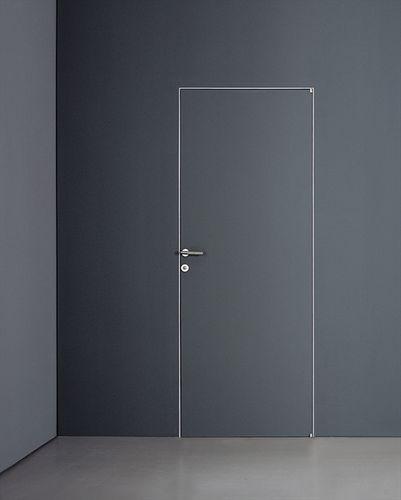 Flush swing door PLANUS QUATTRO by Antonio Citterio TRE-P & TRE-Piu