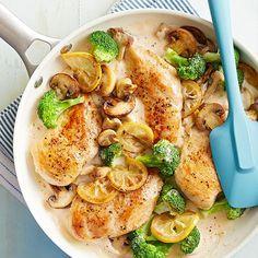 Prática, rápida e deliciosa essa receita de frango feito na frigideira. Ingredientes Peito de frango sem osso cortados em...
