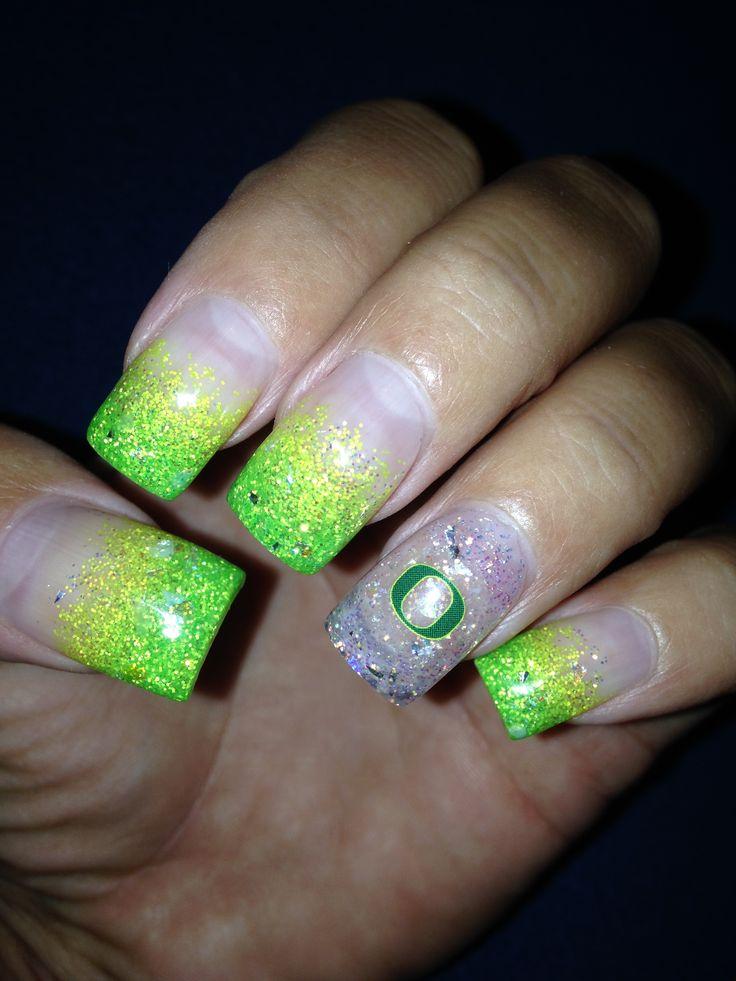 Oregon Duck nails.