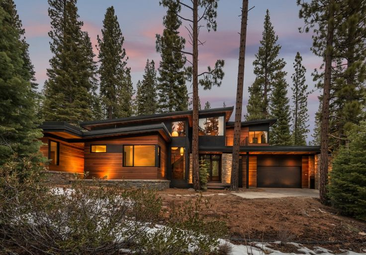 A New Twist On Prefab Home Design - Time to Build--don't know about all the construction stuff, but I love this home.