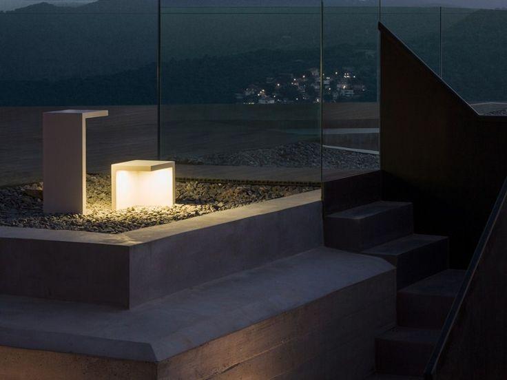 LED CEMENT FLOOR LAMP EMPTY | VIBIA