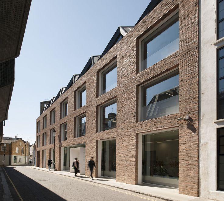 Ansdell Street by STUDIO SEILERN ARCHITECTS