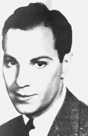 Zeppo Marx (1901 - 1979) Youngest of the Marx brothers, inventor of several mechanical devices, including a heart monitor
