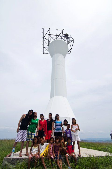 Lahos Island Lighthouse, Caramoan (062011)