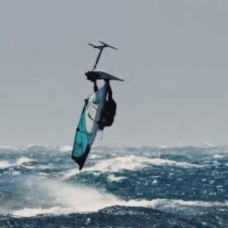 hydro_foil_windsurf