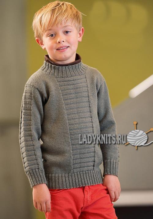 Простой свитер спицами для мальчика от 2 до 12 лет