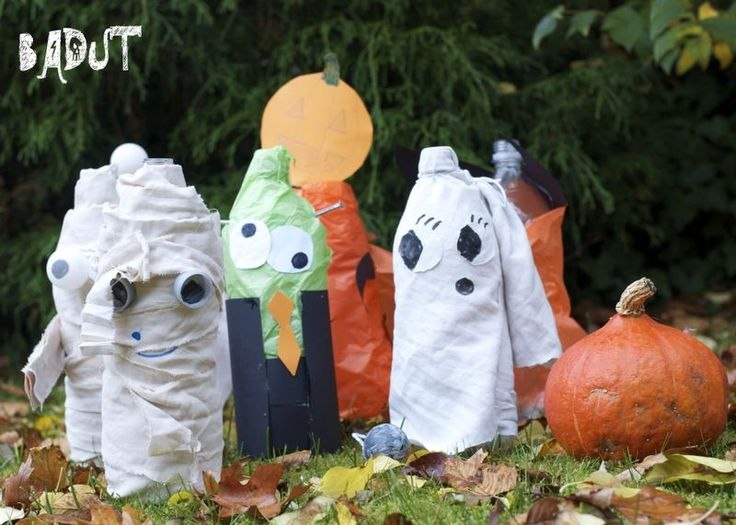 Pumpkin Bowling Pins - I think these may be the cutest Halloween bowling pins I have seen yet!