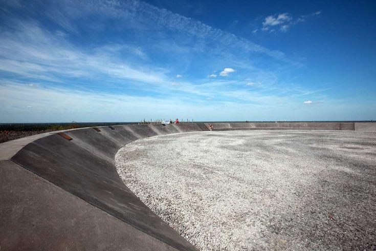 beringen-postindustrial-landscape-playground-09-benoit-meeus « Landscape Architecture Works | Landezine