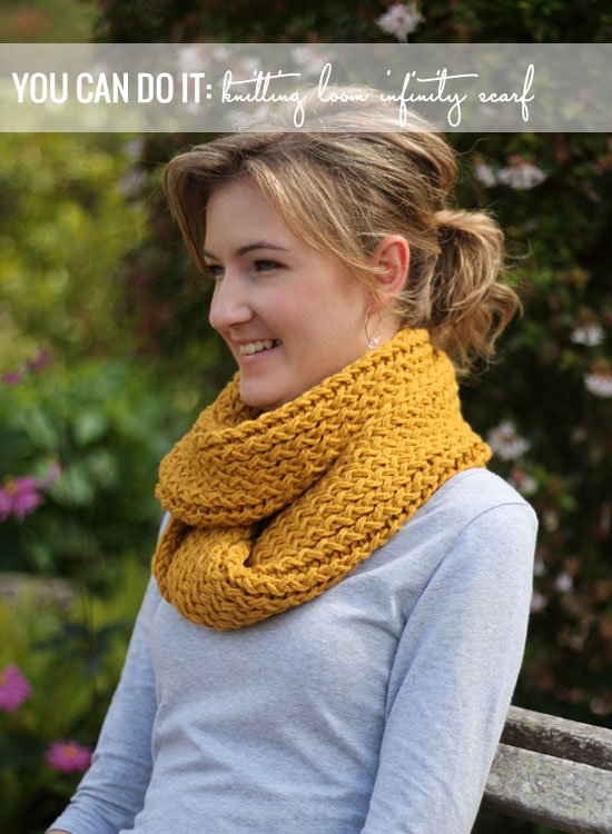 Infinity-scarf using loom knitting! Even I could do that!