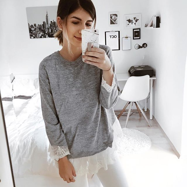 #ootd #fashionblogger #fashion #stripes #streifen #stripeslook #mirrorselfie #shopping #style #fashionstyle #streetstyle #lifestyle #love #austriangirl #girl #girlboss
