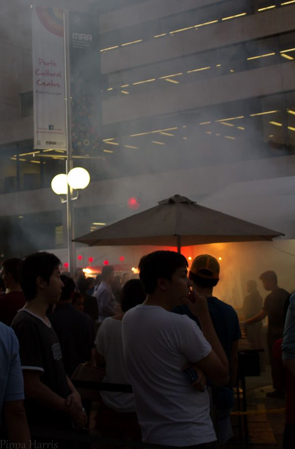 Night Noodle Markets: Manual ISO 125 f/5.6 1/15 32mm