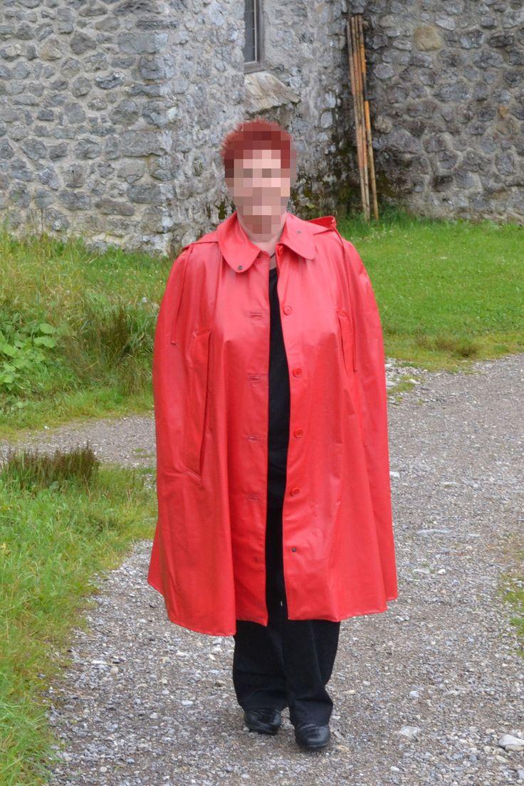 Regencape Cape, k. Regenmantel ca. 112 cm lang, aus GUMPLA (ähnl. Gummi)  in Kleidung & Accessoires, Damenmode, Jacken & Mäntel   eBay