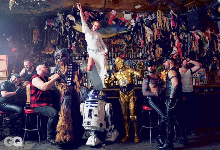 See Photos: Amy Schumer's Sexy Star Wars-Themed GQ Shoot | GQ