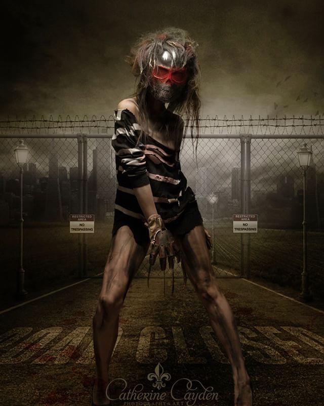 Model: LuLu Photo: Catherine Cayden Styling: Rassamee Gesell Studio: Stefan Gesell . . . #horrorcreature #darkart #mask #