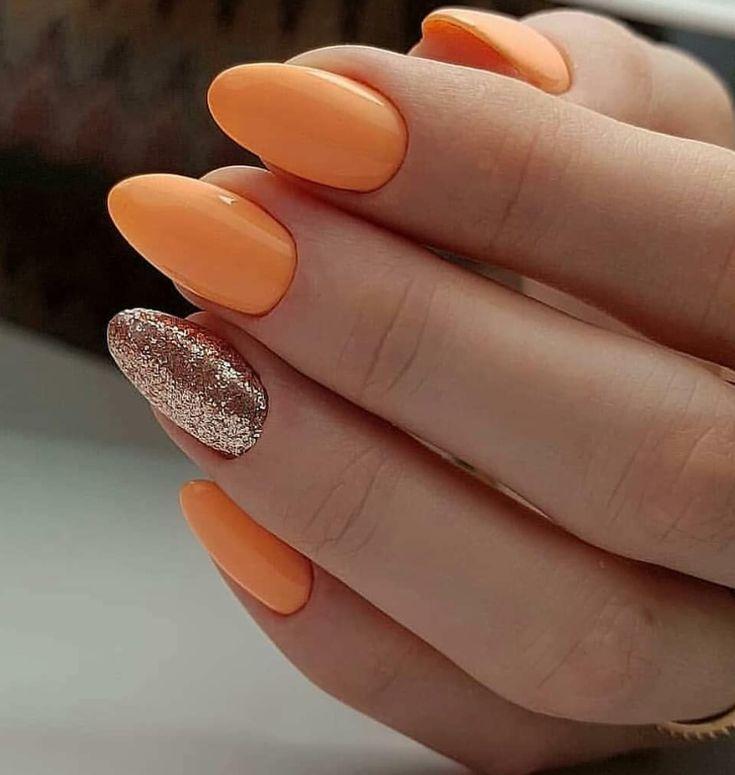 Nail Short Oval Summer Nails Longnails Nailsonfleek In 2020 Oval Nails Designs Oval Nails Short Oval Nails