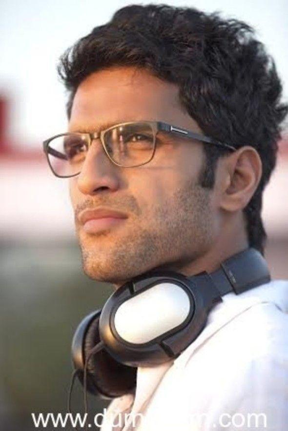 Best Debut Director: Abhishek Varman   Movie : 2 States   www.indipin.com #indipin