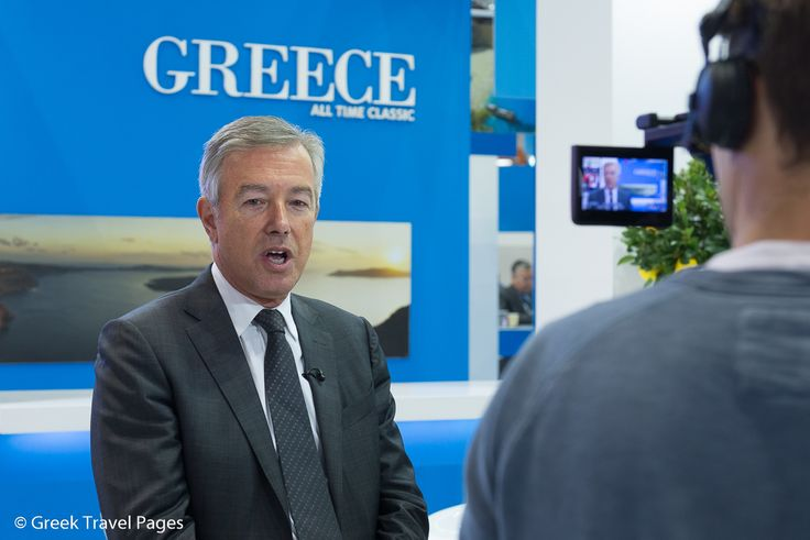 SETE Chief on Twitter: Late Bookings Indicate Good Tourism Season for Greece