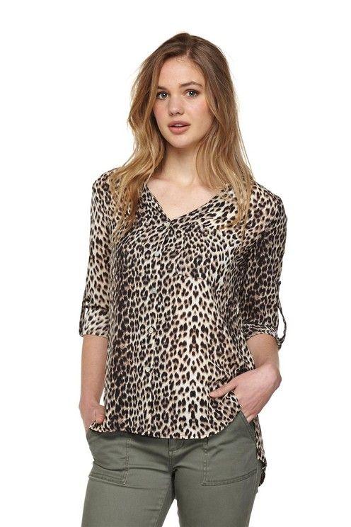 shelly v front soft shirt CHIC ANIMAL