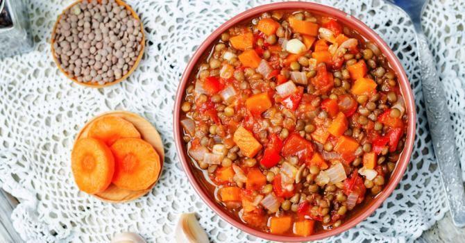 Recette de Lentilles aux tomates et chorizo au Cookeo. Facile et rapide à réaliser, goûteuse et diététique. Ingrédients, préparation et recettes associées.