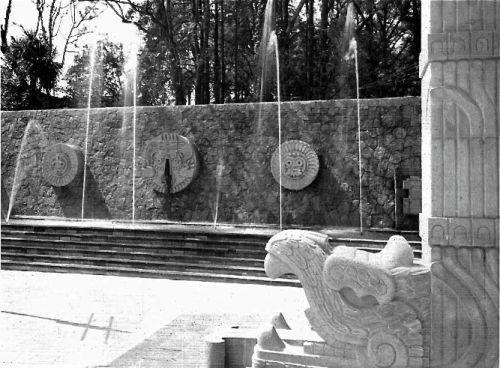 unavidamoderna: Fuente de Tláloc y cascada, Plaza Civica,...
