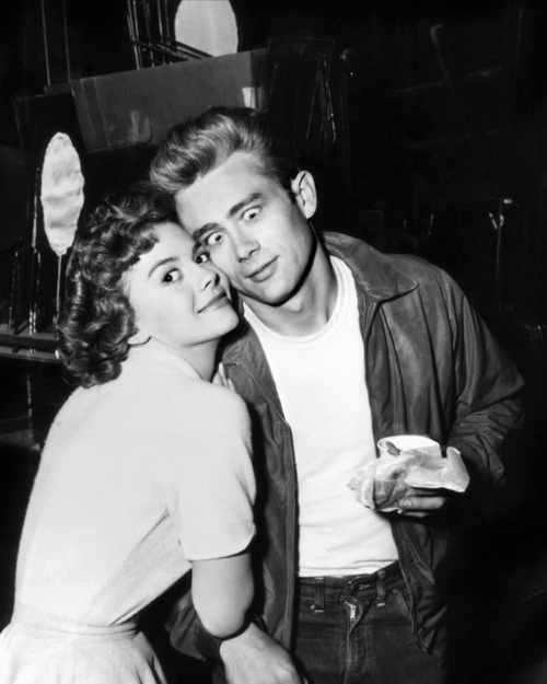Natalie Wood and James Dean.